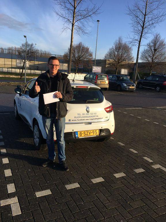 Zaandam - Rijopleiding succesvol afgerond