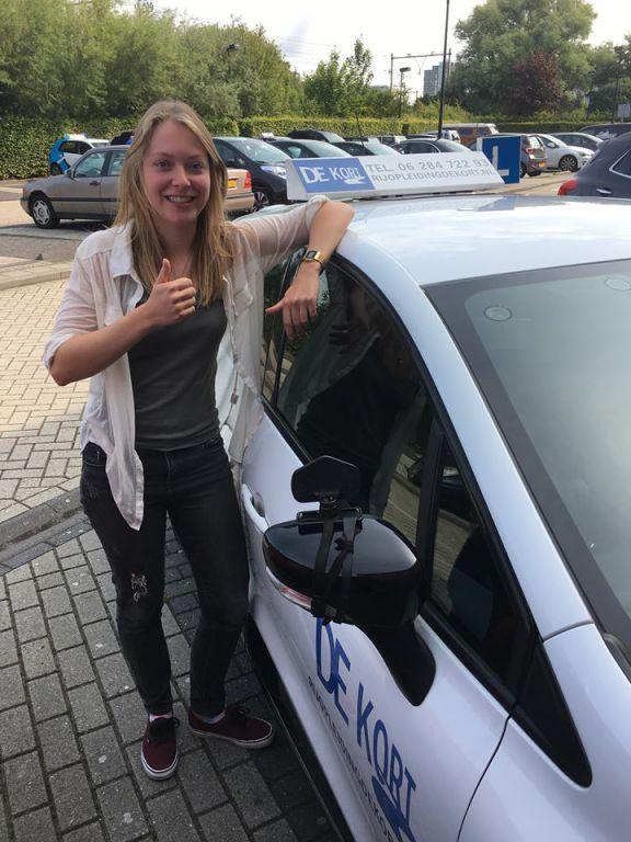 Amsterdamse Kanjer haalt rijbewijs